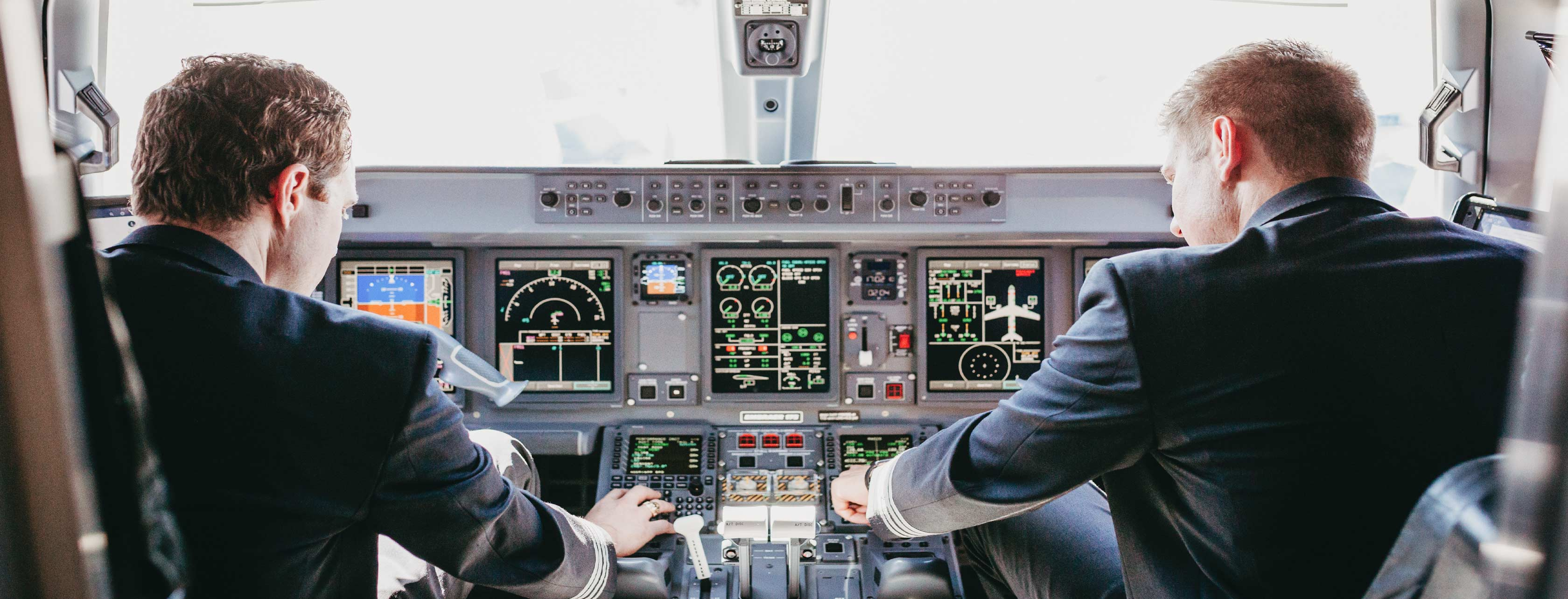 Envoy Air Pilots in Cockpit of ERJ