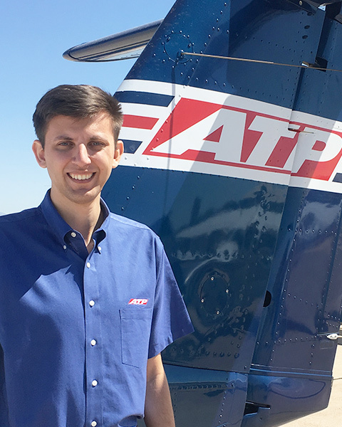 Airline Pilots Hired by Envoy Air in 2017 / ATP Flight School